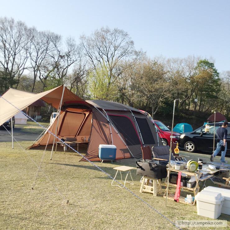 高規格キャンプ場の広々サイトでグルキャン@ビラデスト今津