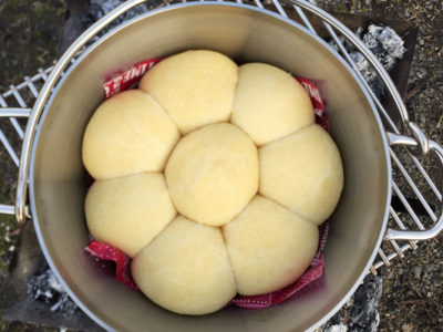 ダッチオーブン簡単レシピ パンを焼いてみよう